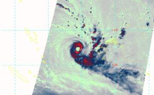Intense Cyclone 25P(HAROLD) rapidly approaching Fiji