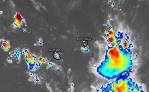 ILES SOEURS: grosses averses orageuses ce Jeudi après-midi à MAURICE et à la RÉUNION, relevés , analyses et observations