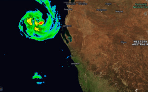 26S(SEROJA) 70knots/US CAT1 is peaking and rapidly moving towards Geraldton area, 28P peaking at 40knots, Invest 94W, 91S and 93S: updates at 11/09utc