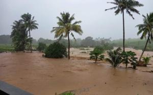 ILES SOEURS: après le déluge sur Plaisance/MAURICE, fortes pluies sur l'Est et le Nord de la RÉUNION, mise à jour le 16/22h