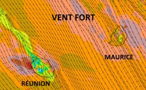 D'ici Jeudi le vent fort de Sud à Sud-Est recouvre la totalité de la zone des ILES SOEURS. Des rafales supérieures à 80km/h sont attendues sur les zones les plus exposées comme par exemple vers Port-Louis à MAURICE ou encore Sainte Rose/ Saint Benoît et même la Pointe des 3 Bassins à la RÉUNION. Arome/MFRANCE. MCIEL.