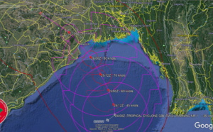 BAY OF BENGAL: TC 02B is consolidating from a monsoon depression, forecast to intensify significantly next 48hours before landfall Northeast of Paradip, 24/03utc update